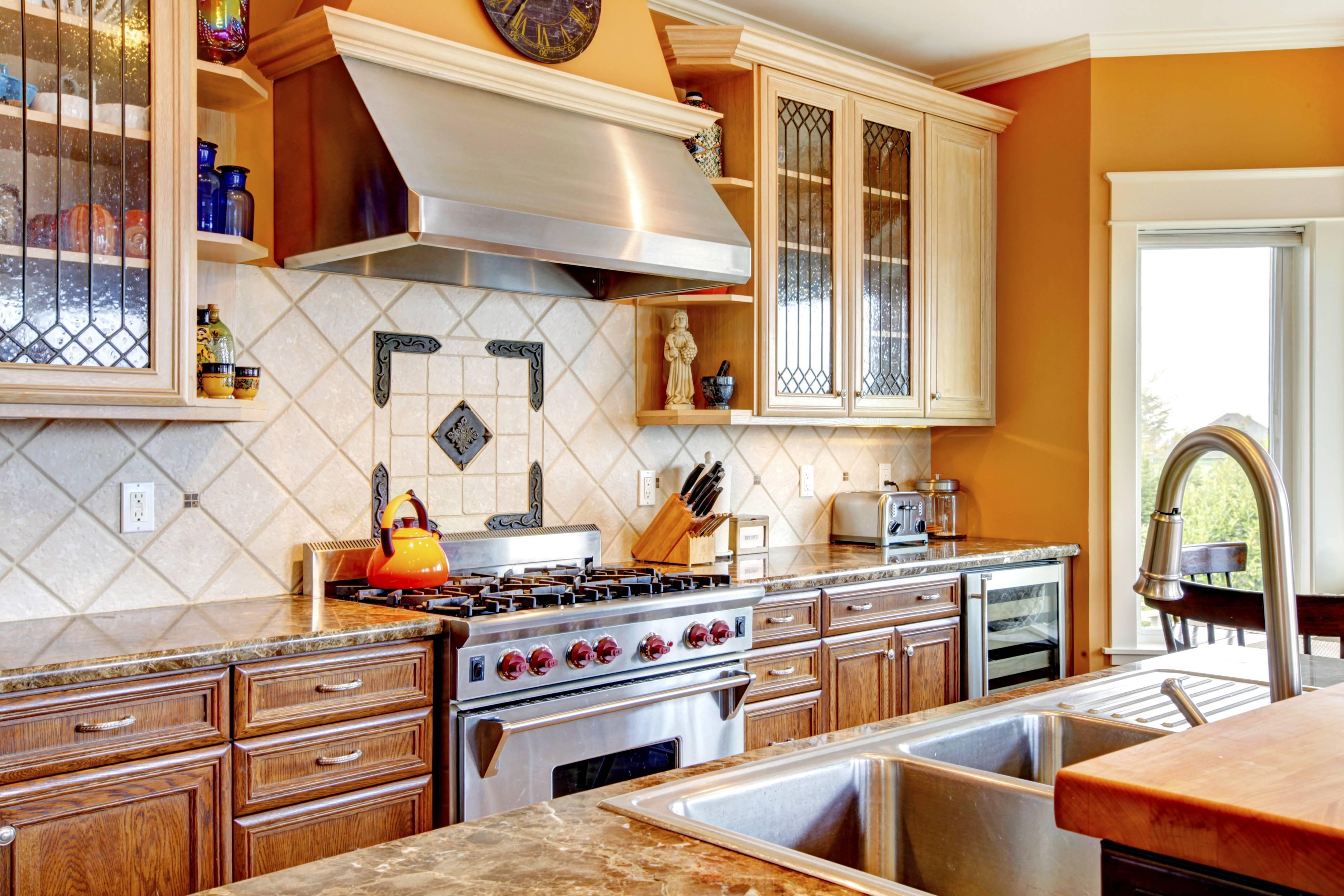 kitchen interior with tile backsplash- traqline home improvement market shares